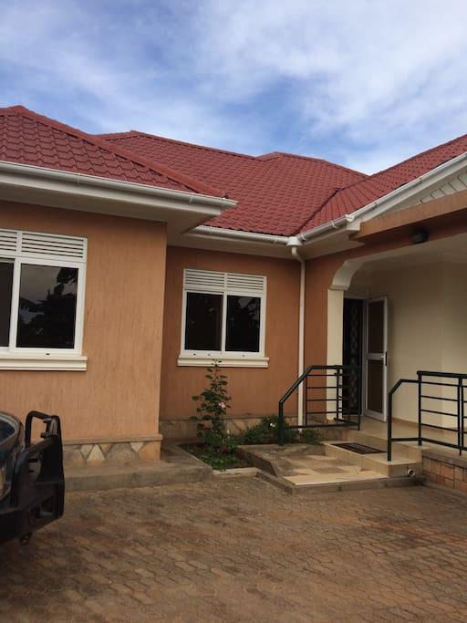 Island Inn Entebbe
