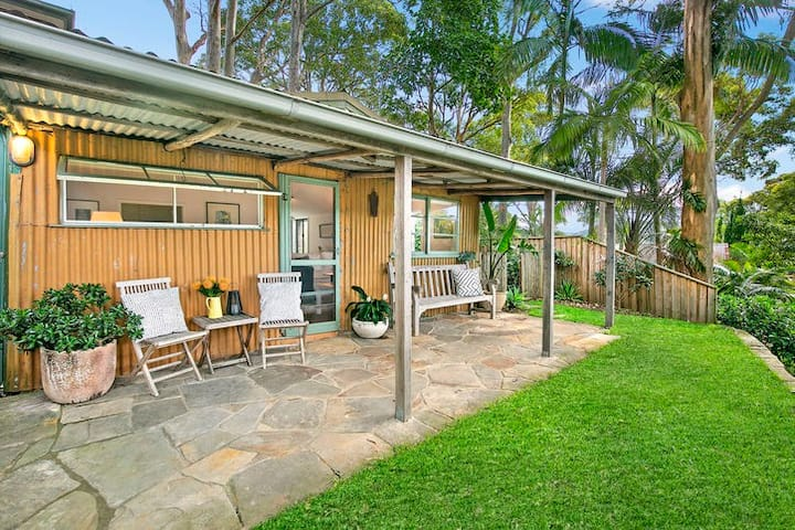 Heritage cottage on Pittwater