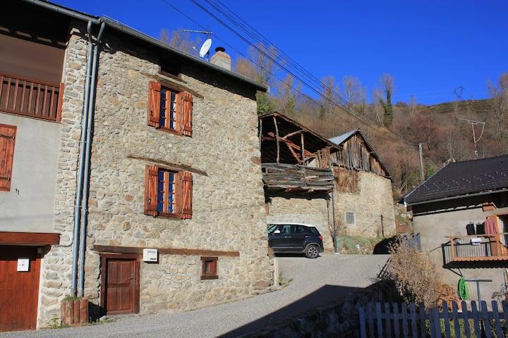 Authentique maison de village montagnard 70m2
