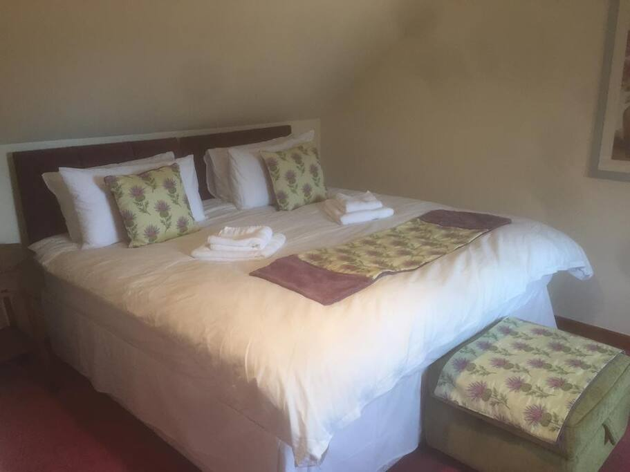 The beds can also be made into a Superking if preferred.
