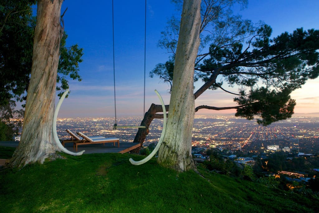 Tree house with 360 views of l a for House 360 view