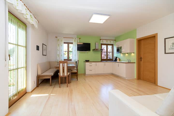 "Centrally Located ""Stompferhof Family Apartment"" in Caldaro with Shared Pool, Wi-Fi, Balcony & Garden; Parking Available, Pets Allowed at Extra Fee"