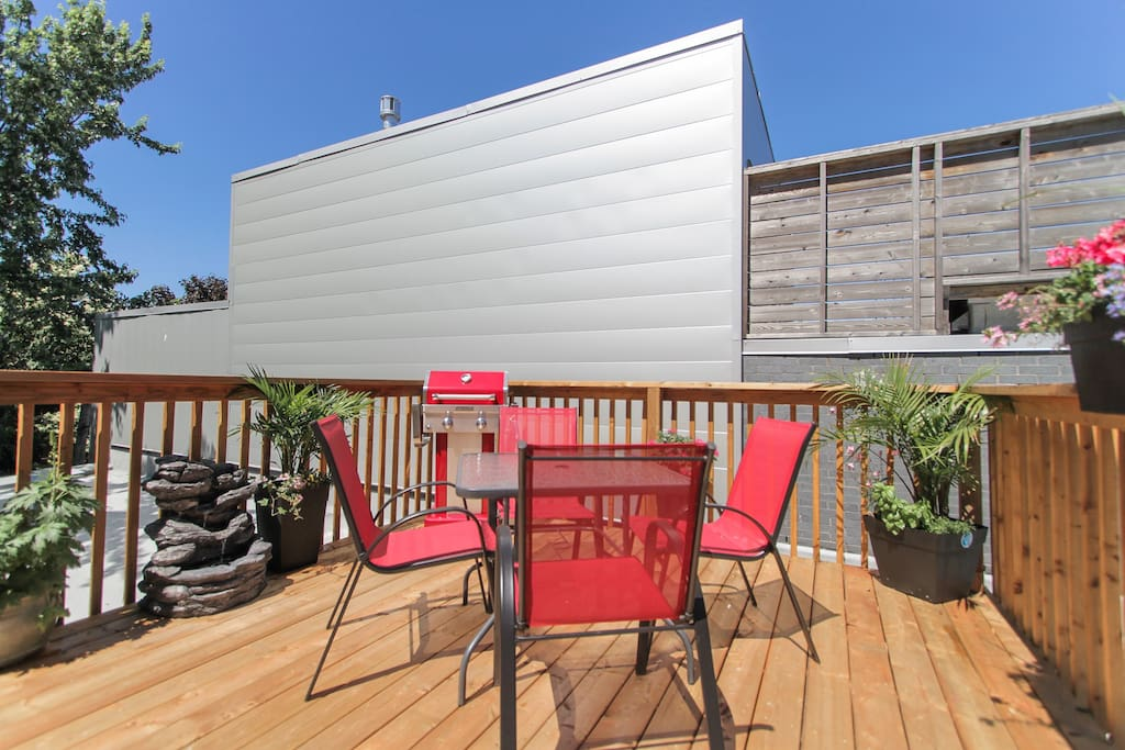 """""""The loft was superb and very comfortable and the patio is magnificent!"""" - Chloé"""