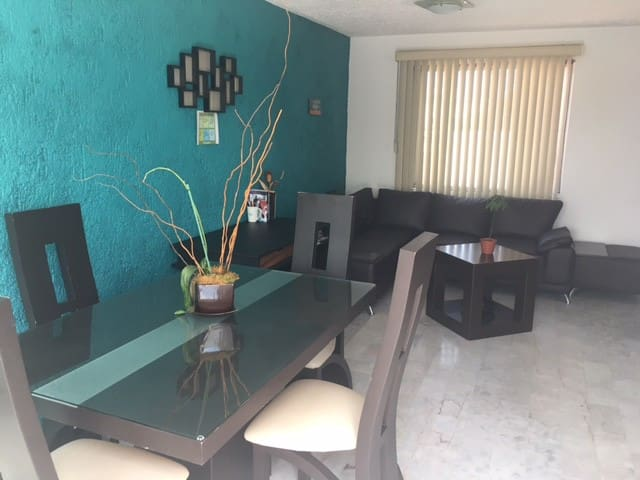 Private Room nearby Plaza del Sol & Expo GDL - Zapopan - Appartement