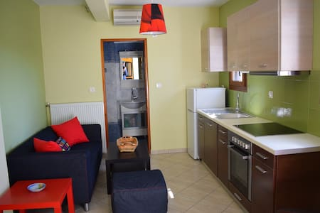 Modern apartment 100 meters from the sea - Pachena - Διαμέρισμα