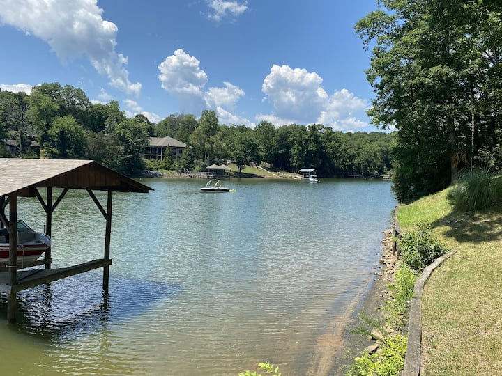 NEW LISTING!! Lake Wylie Cabin
