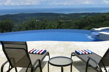 Beauty and Privacy with Epic Views - Uvita