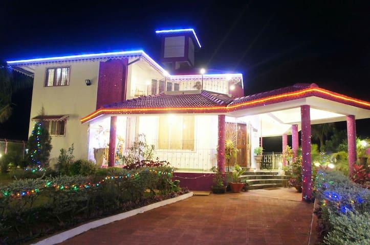 Anu bungalow - Lonavala - House