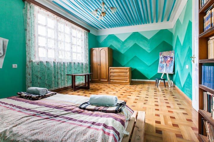 Dvizh Hostel Ели Спали Зеленая - Tbilisi - Huis