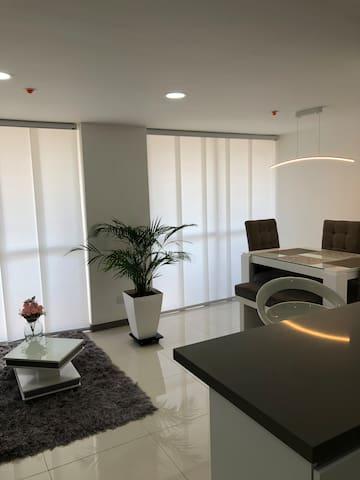 Apartamento confortable y excelente ubicación