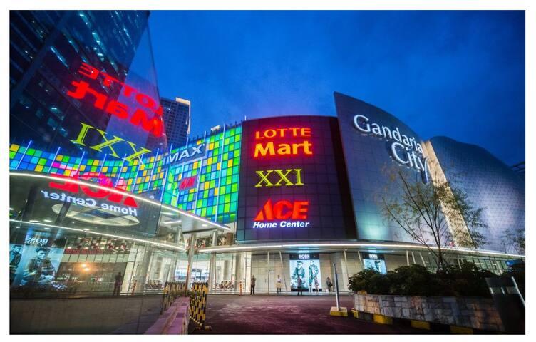 Gandaria Height Apt  connecting Gandaria City Mall