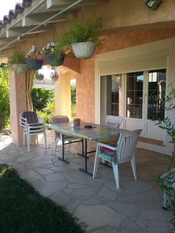 Chambre +s d'eau villa plein pieds - Caveirac