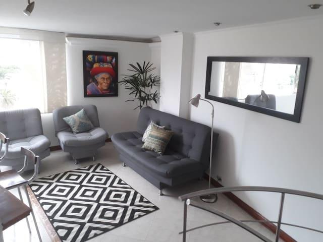 Duplex en Laureles - San Joaquín