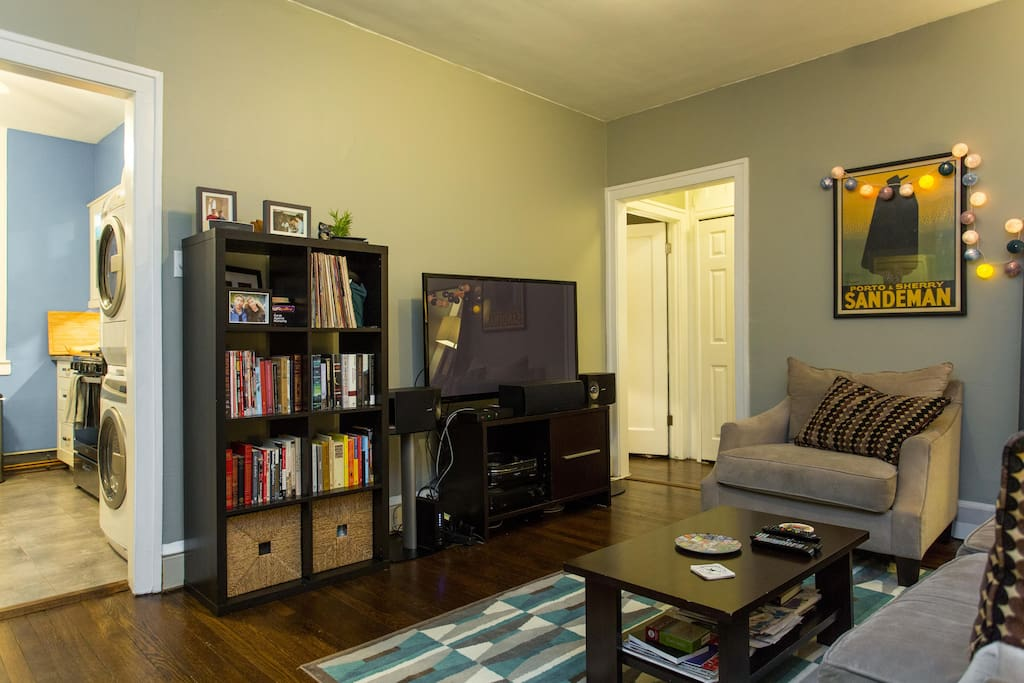 HDTV with 200+ channels, HBO, Netflix, Bose surround sound