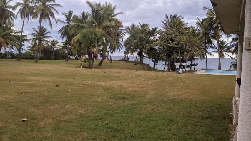 Hermosa villa Frente al Mar a 100 mts de la playa