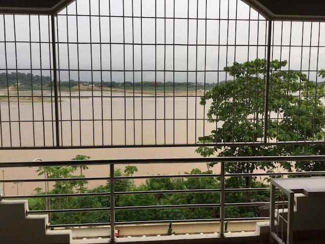 Stylish Apartment on Mekong River2 - Tambon Nai Mueang - Appartement