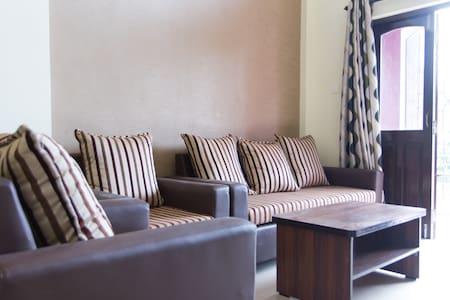 2bhk furnished flat with parking - Penha de França