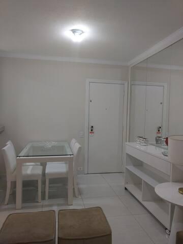 Saleta de jantar/compact dining room