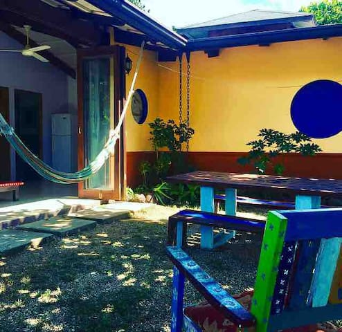 Guesthouse for nature lovers, yoga & surf