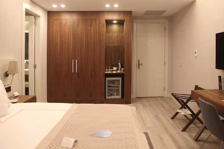 Standard Room with Balcony Non Refundable Rate - Bed & Breakfast 2 Pax