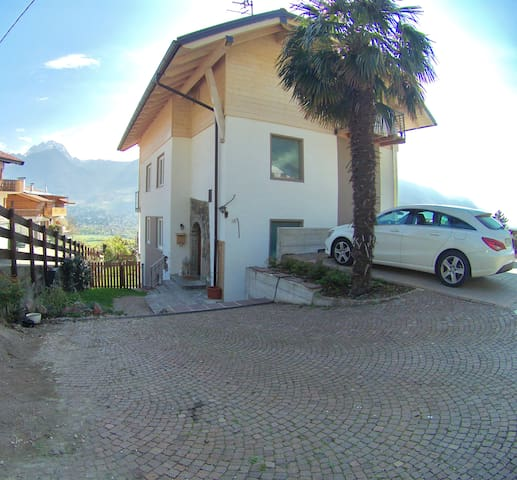 Parking and view of the outside of the house