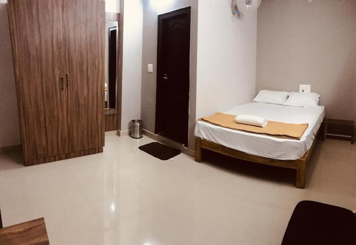Large Doubel Room at Somwarpet Karnataka