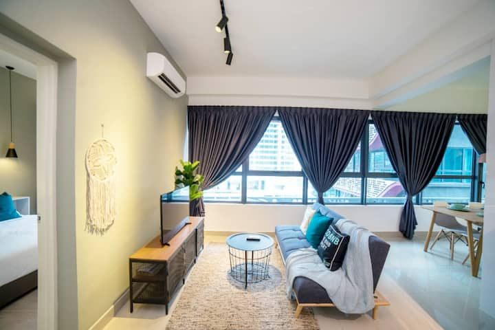 Homely one bedroom|Netflix|Free WIFI #AT203