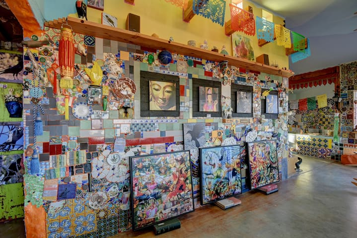 Livingroom Gallery wall