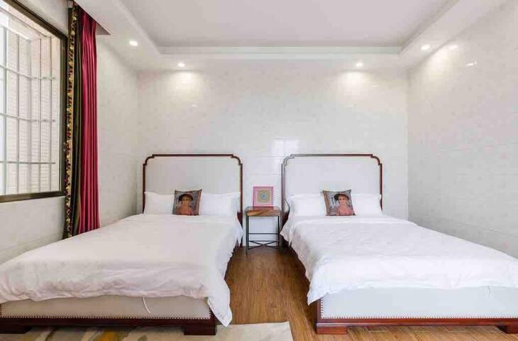 Dhomë gjumi 4