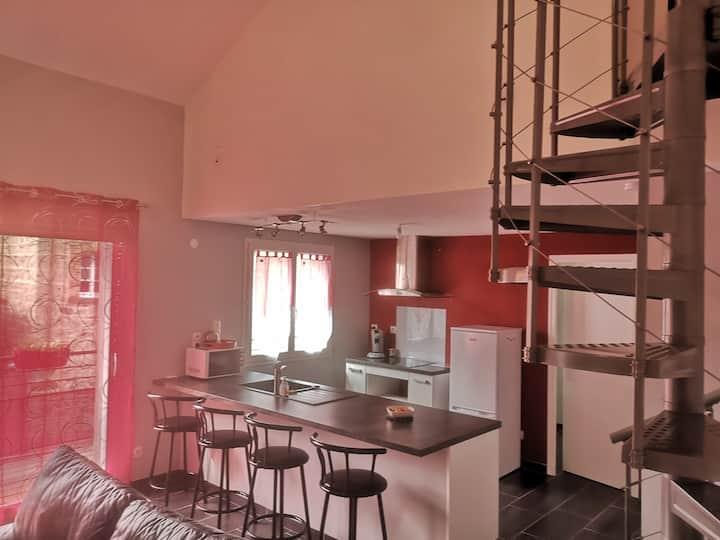 Maison avec balcon a Perrier