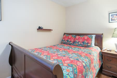 Comfy room in great location - Orlando - Huis