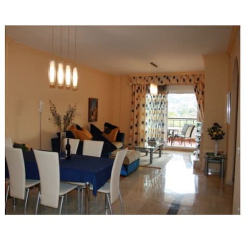 Entire home in Marbella - Marbella - Appartement