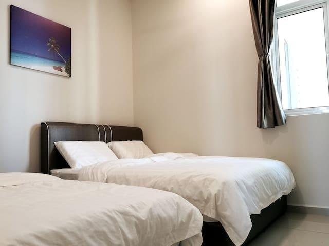 3rd Bedroom - 1 x Queen Bed + 1 x Single Bed