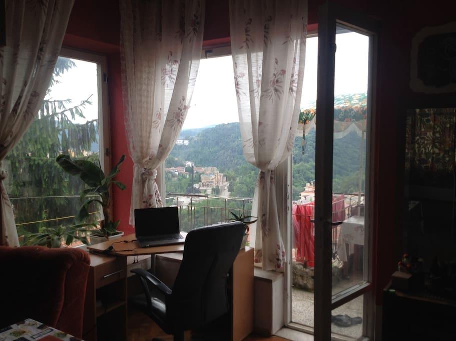 Living room (summer)