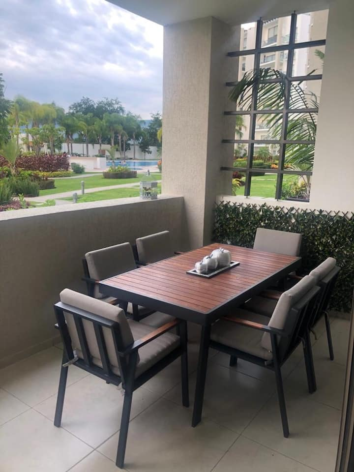 Paraíso Country Club, Cluster 11, D101