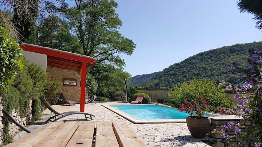 Grande maison familiale dans cadre d'exception - Saint-Julien-en-Saint-Alban - Casa
