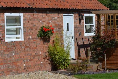 Church Farm Cottage  South Hykeham Lincoln