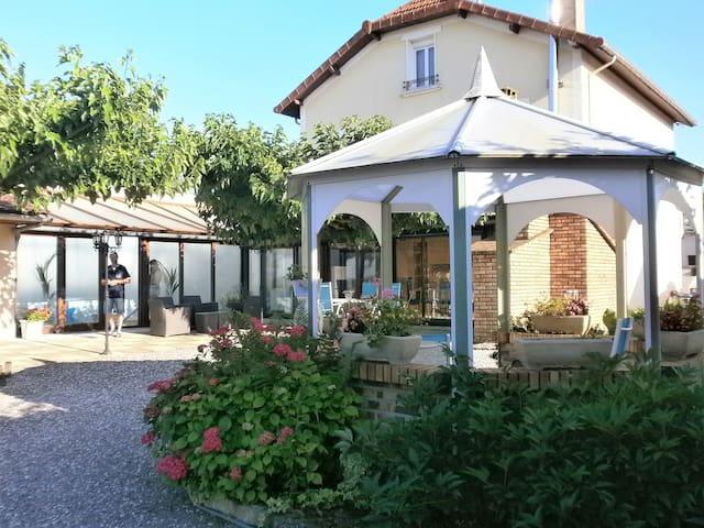 L'Escale Saônoise (Chambre d'hôtes) - Allerey-sur-Saône - Pension