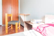 Cozy room with private bathroom in Kololo