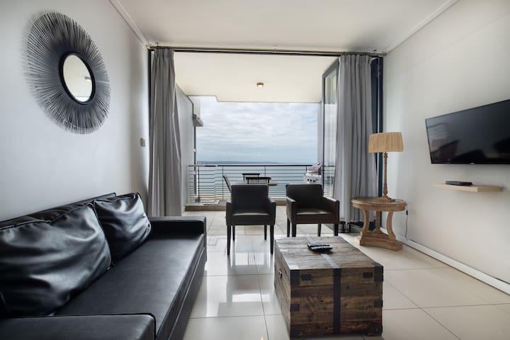 Deluxe One bedroom Apartment:Ocean View