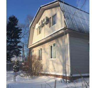 дом 12км от мкад - Большие Жеребцы - Casa