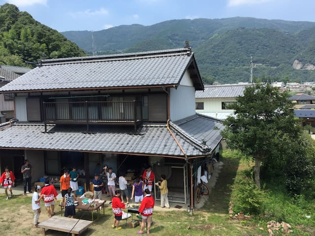 Japanese house double room / heso camp 3