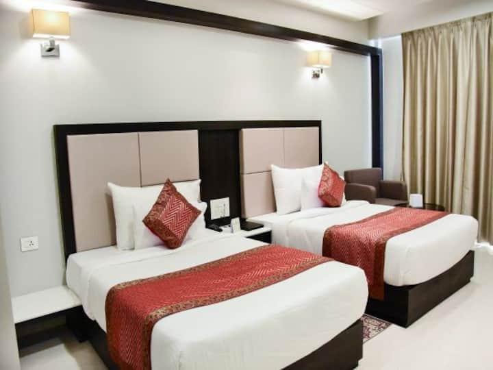 Hotel Platinum Shravasti (Super Deluxe AC Room)