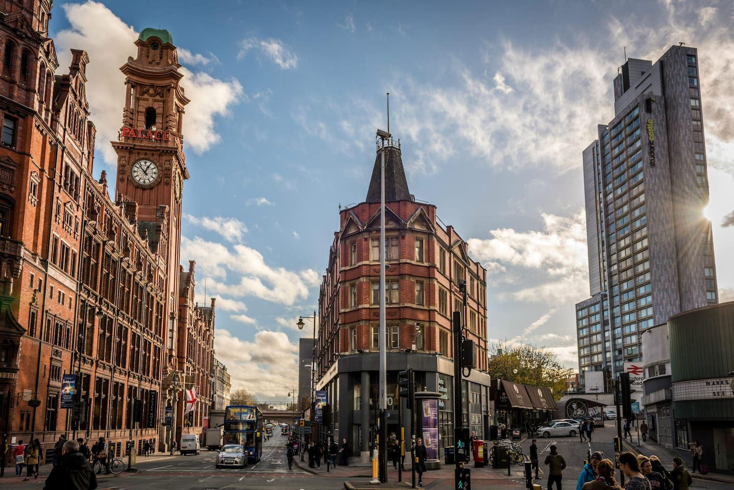 Oxford Road, a well known street of Manchester and the busiest bus road in Europe, the train station located in the heart of Manchester, bars, clubs, restaurants and walkable to everywhere!