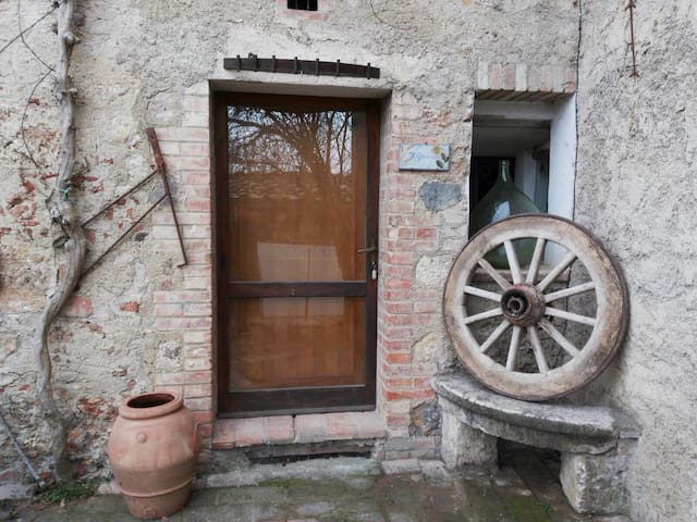 "House in Siena's country ""Granaio"" - Orgia"