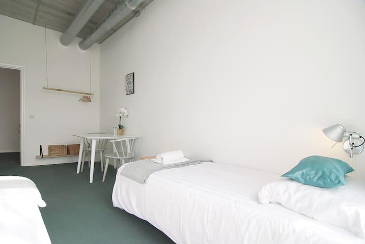 fantastic room at Amstel river for two