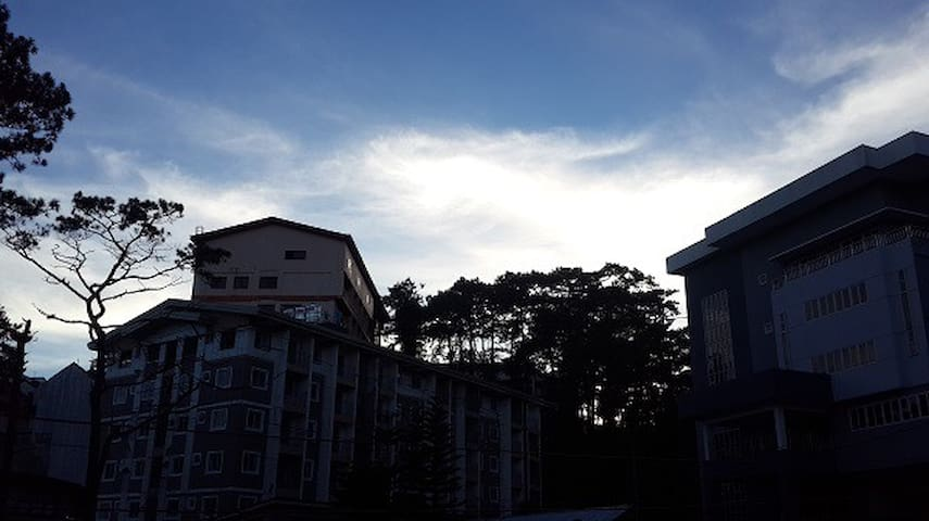 UNIT201 Condo for 1-7pax beside Crown Legacy Hotel
