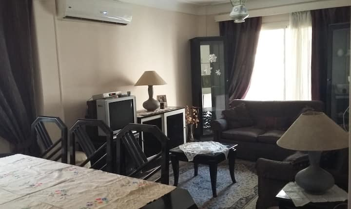 Simple & Central 3-Bedroom Flat in Mohandessin