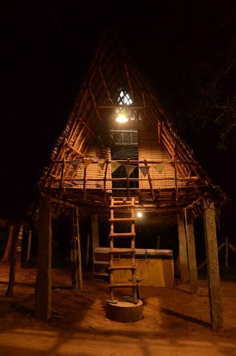 Tree Hut in Farmhouse- Escape to Nature