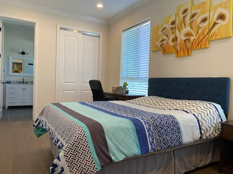 Room with private entrance by Ohlone College
